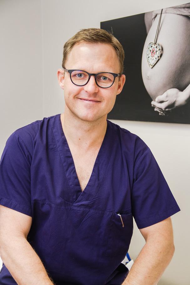 Dr-renardo-Lourens-about